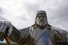 Памятник Чингиз Хану