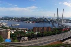 Владивосток - вид на Золотой мост