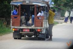 маршрутное такси на острове Занзибар