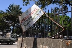 рекламный щит в Каменном городе (Занзибар)